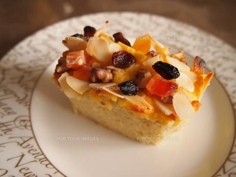 パウンドケーキの写真素材 [FYI00234101]