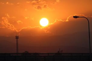 オレンジの太陽の写真素材 [FYI00234230]