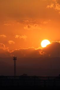 沈む太陽の写真素材 [FYI00234239]