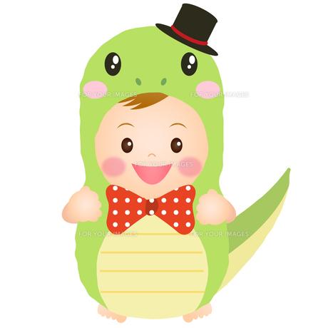 ヘビの着ぐるみを着た赤ちゃんの写真素材 [FYI00235059]