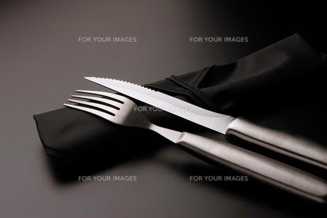 フォークとナイフの写真素材 [FYI00235505]