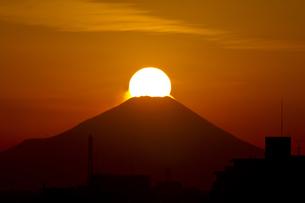 ダイヤモンド富士 埼玉県からの写真素材 [FYI00236658]