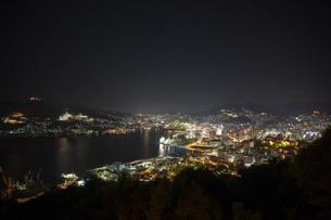 長崎 鍋冠山公園からの夜景の写真素材 [FYI00236729]