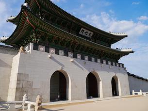 ソウル 景福宮 光化門の写真素材 [FYI00236772]