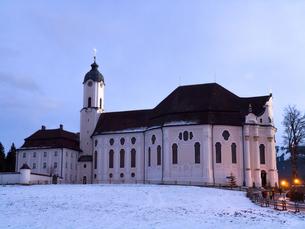 世界遺産 ヴィース教会夕景(ドイツ)の写真素材 [FYI00236781]