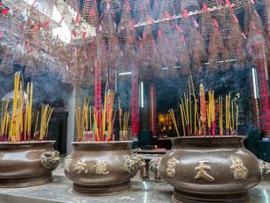 ベトナム 天后宮(ティエンハウ廟)の写真素材 [FYI00236794]