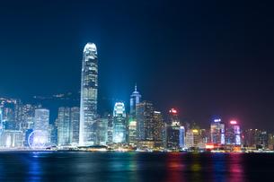 香港 ビクトリアハーバー夜景の写真素材 [FYI00236868]