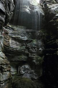 滝の写真素材 [FYI00237701]