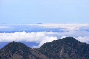 信州の志賀高原山頂からの雲海の素材 [FYI00238273]