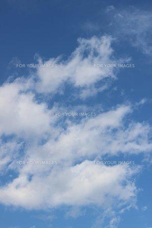 信州の冬の空と雲の素材 [FYI00238276]