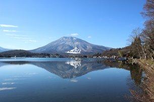 初冬の信州の野尻湖の素材 [FYI00238293]
