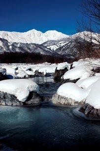 美しき信州白馬の白き雪景色の素材 [FYI00238356]