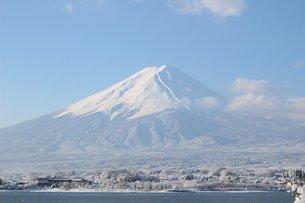 白き富士山の素材 [FYI00238362]