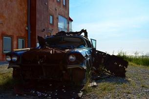 ボロボロな外車の写真素材 [FYI00238763]