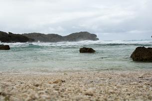 荒れた海岸の写真素材 [FYI00238822]