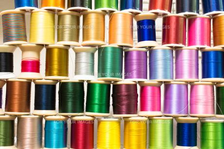 カラフルな糸の写真素材 [FYI00238835]