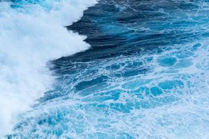 強い波の写真素材 [FYI00238839]
