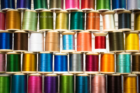 カラフルな糸の写真素材 [FYI00238840]