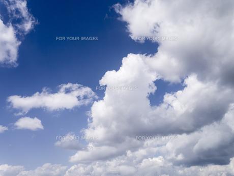 青空と雲の写真素材 [FYI00238848]