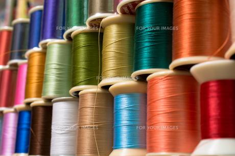 カラフルな糸の写真素材 [FYI00238860]