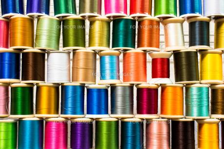 カラフルな糸の写真素材 [FYI00238865]