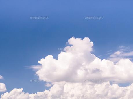 夏の青空の写真素材 [FYI00239007]