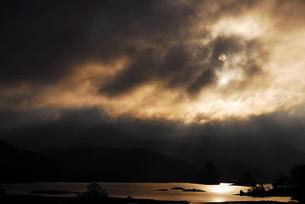遅い日の出の写真素材 [FYI00239413]
