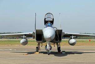F-15戦闘機 正面の写真素材 [FYI00240260]