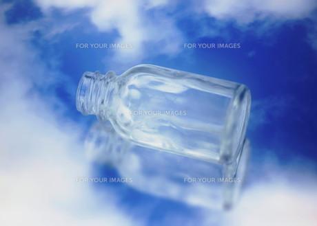 空と瓶の素材 [FYI00240633]
