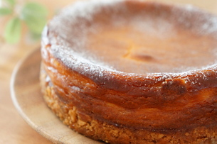 ベイクド・チーズケーキの写真素材 [FYI00242282]