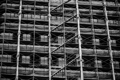 工事中の建物の写真素材 [FYI00243044]
