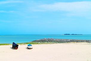 沖縄の豊崎のビーチの素材 [FYI00243252]