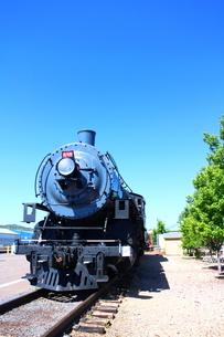 グランドキャニオン鉄道の機関車(タテ)の写真素材 [FYI00243293]