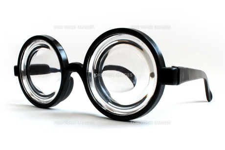 ビン底眼鏡の素材 [FYI00243473]