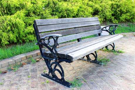 公園のベンチの素材 [FYI00243481]