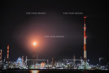 工場夜景の素材 [FYI00243566]