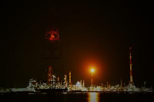 工場夜景の写真素材 [FYI00243575]