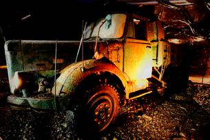 鯛生金山で使用したトラックの写真素材 [FYI00243619]