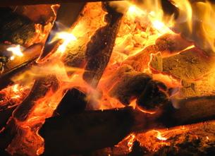 燃えるの素材 [FYI00244403]