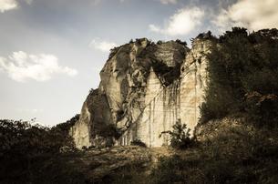 岩山の断面の写真素材 [FYI00244590]