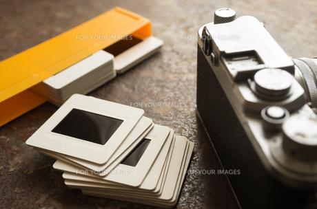 古いカメラとスライドの素材 [FYI00244605]