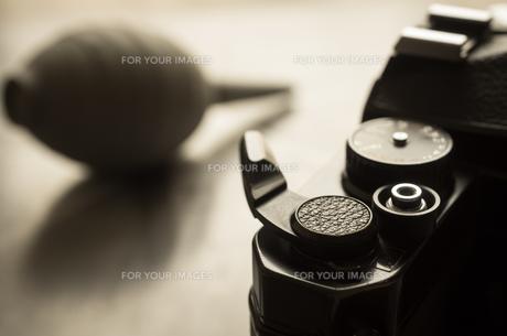 一眼レフカメラとブロワーの写真素材 [FYI00244634]