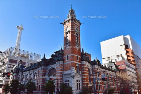 晴れた日の横浜市開港記念会館(通称:ジャックの塔)の素材 [FYI00245713]