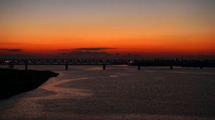 一日の始まり、綺麗な朝焼けの写真素材 [FYI00247197]