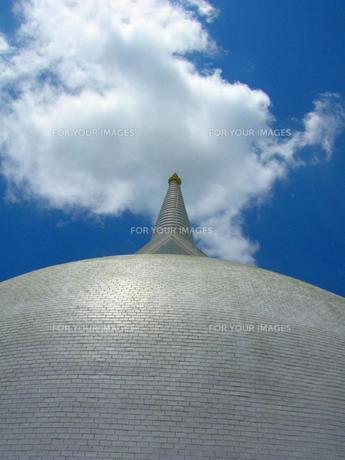 スリランカ 仏塔の写真素材 [FYI00247388]