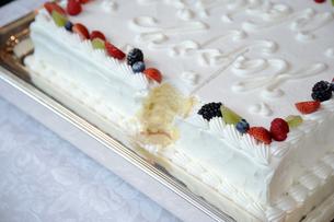 ウェディングケーキの素材 [FYI00248147]