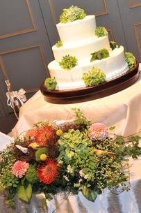 ウェディングケーキの素材 [FYI00248169]