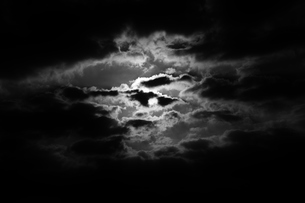 光る雲の写真素材 [FYI00248758]