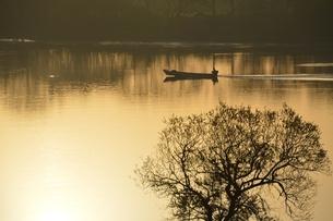 筑後川の漁の写真素材 [FYI00248759]