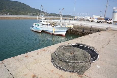 漁港・福岡市加布里漁港の素材 [FYI00248813]